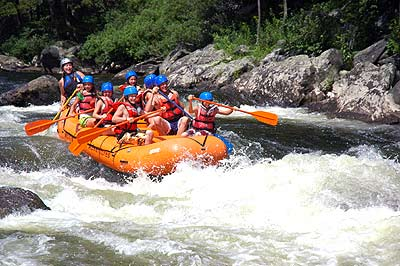 Lehigh on Whitewater Rafting Trip On Lehigh River In The Poconos  Dam Release